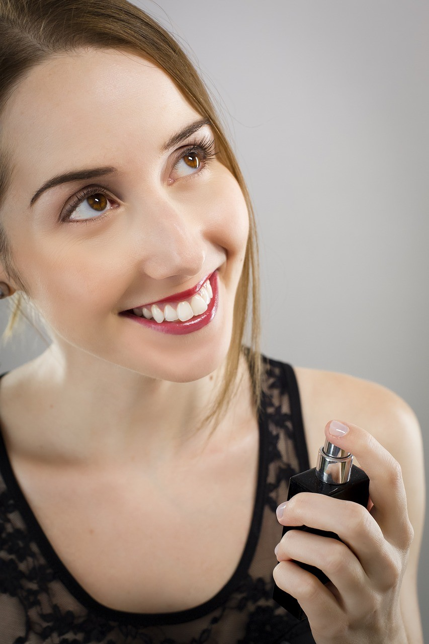 6 Ways To Get Perfume Samples For Free 1