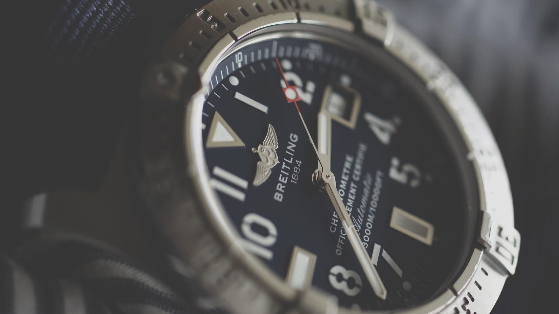The Reasons Millennials Are Choosing to Invest In Pre-Owned Watches 1
