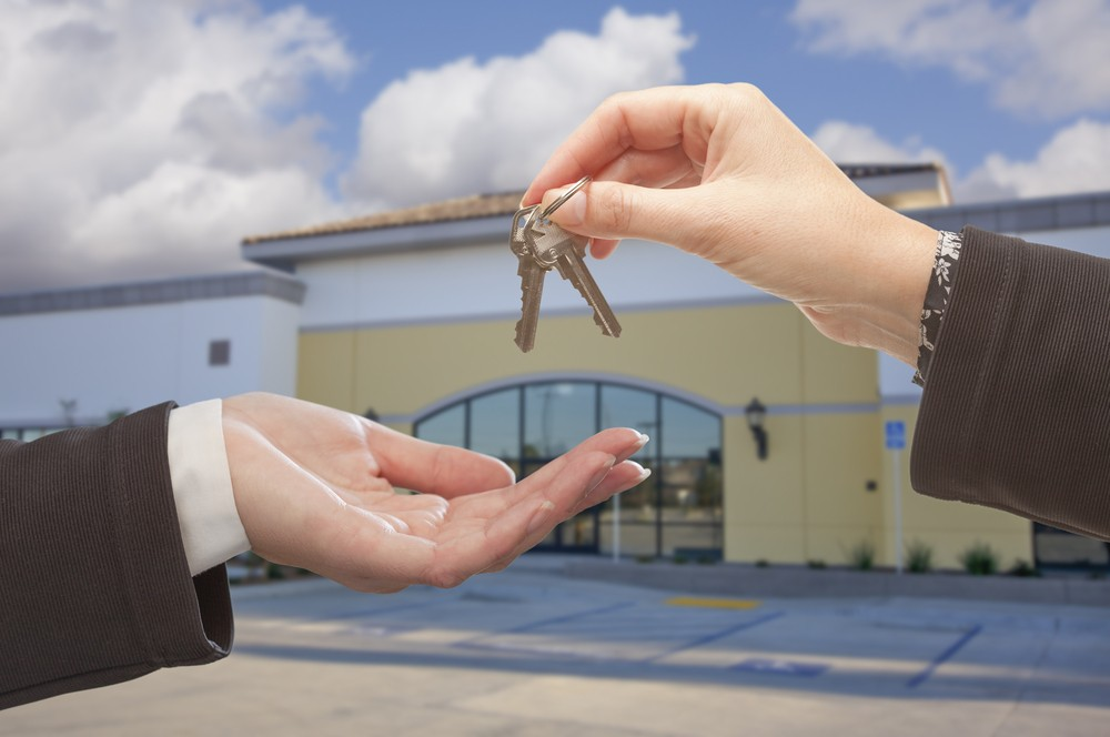 What to Consider When Renting Your First Commercial Property  1