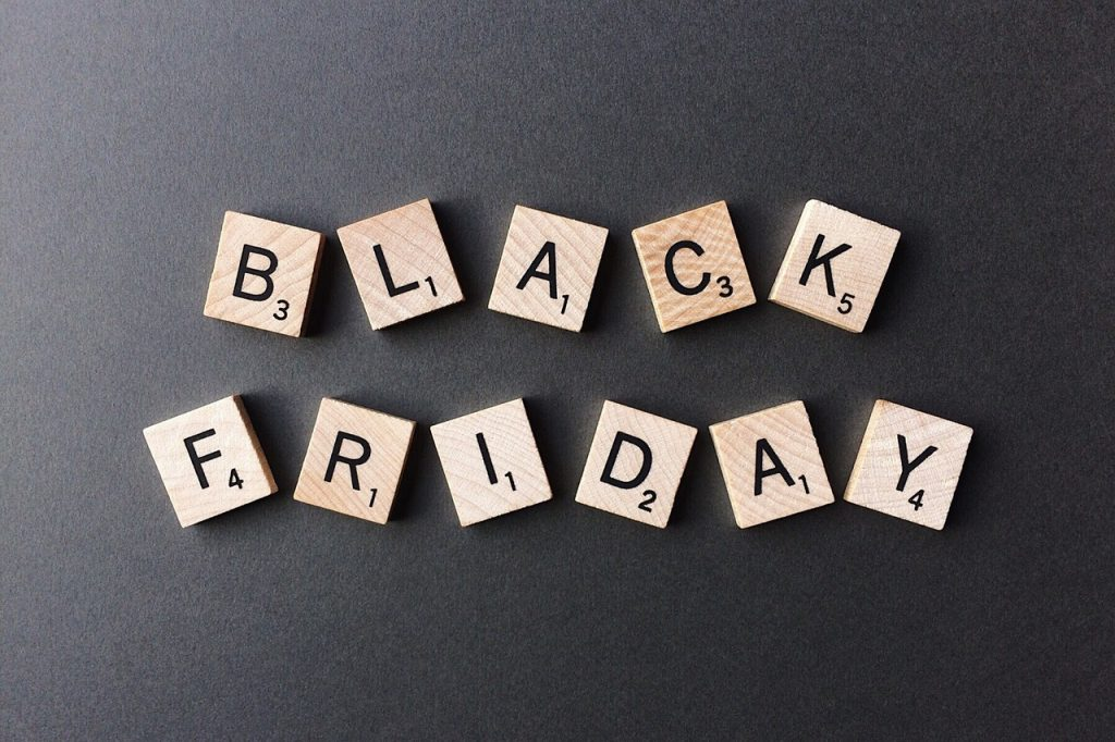How To MAKE MONEY on Black Friday Deals 1