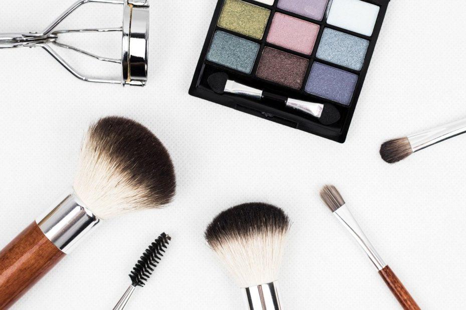 Saving Money On Cosmetics